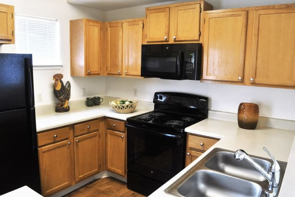 Full Kitchen at Denver, CO Apartments for Rent Near Denver International Airport