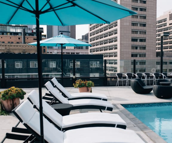 The Medallion | Apartments | Pool