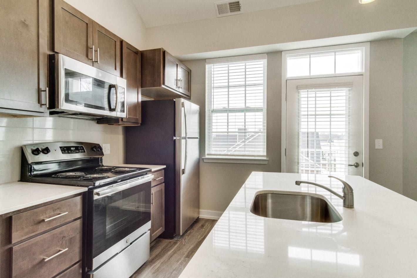 Apartments For Rent In Romeoville Village Place Photos