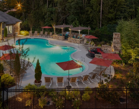The Oaks at Johns Creek resort-style pool area