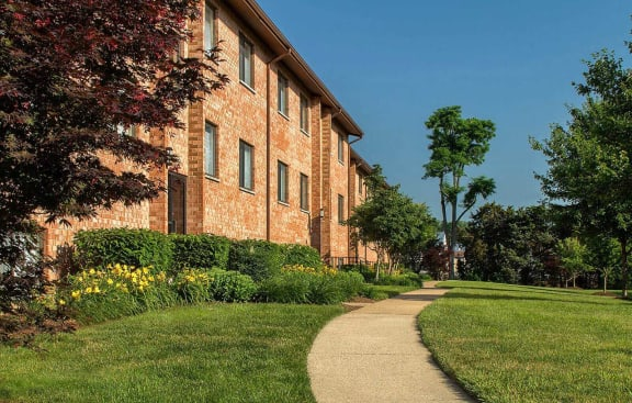 Green Space Walking Trails at Rose Hill Apartments, Virginia