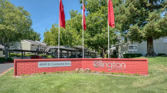 Entry monument sign l Ellington Apartments in Davis CA