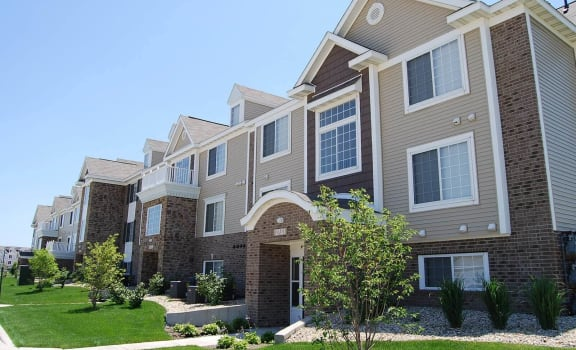 Non-Smoking Buildings at Hunters Pond Apartment Homes, Champaign, 61820