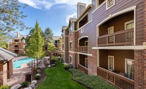 Building of Spacious Apartments Near Salt Lake City