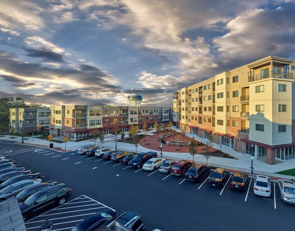 Madison Lansdale Station Community Overview