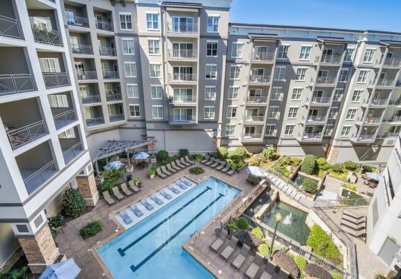 Courtyard with pool at Windsor at Brookhaven, Atlanta, GA