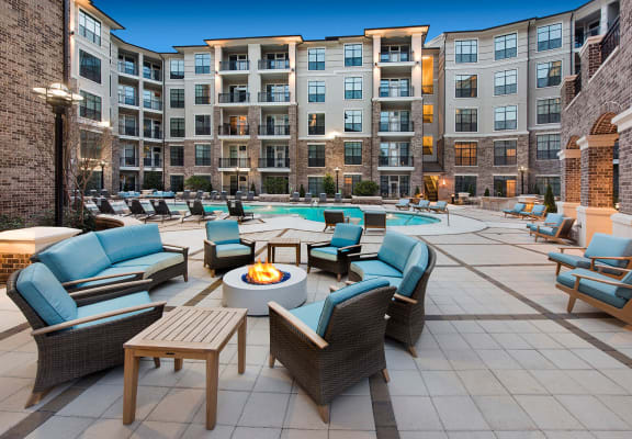 Fire pit with seating in courtyard at Windsor Chastain, Atlanta, GA