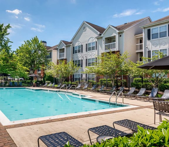 Governor's Green resort-style pool and apartment exterior