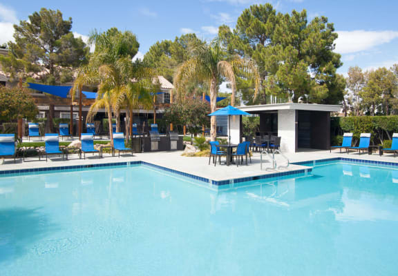 Pool and sundeck at Reflections at the Lakes in LAs Vegas, NV