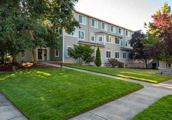 Chinook Way Apartments | Two Bedroom Aspen | Exterior