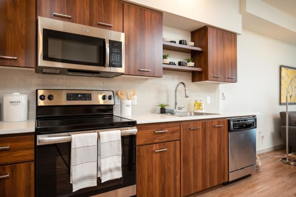 Windsor at Amberglen Apartments