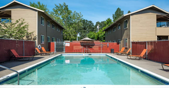 Country Oaks Apartments Pool