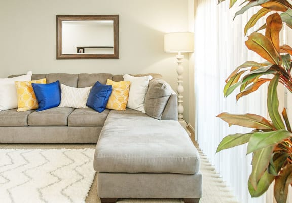 Open and Light Living Room at Courtyard at Central Park Apartments in Fresno, CA 93722
