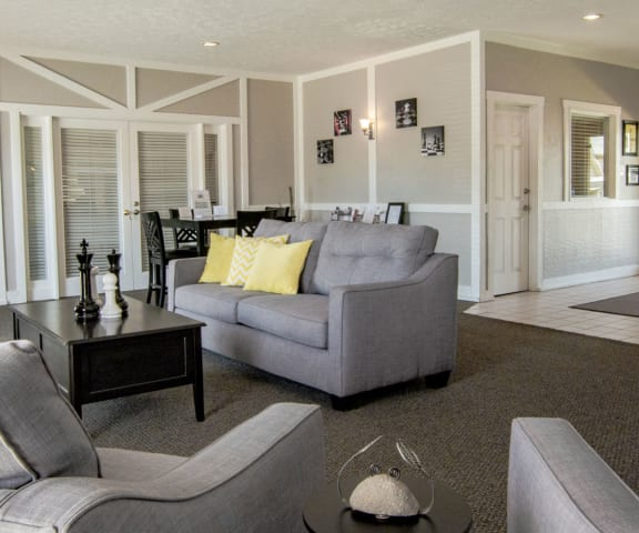 Lounge Area at Lake Camelot Apartments, Indiana, 46268