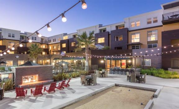 Tam Ridge Courtyard, Pool and Lounge