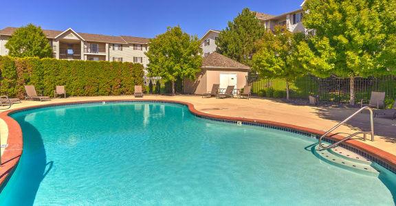 Swimming Pool | Silver Creek Apartment Homes in Pasco, WA
