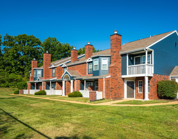 Exterior Of Willowbend Apartment Homes