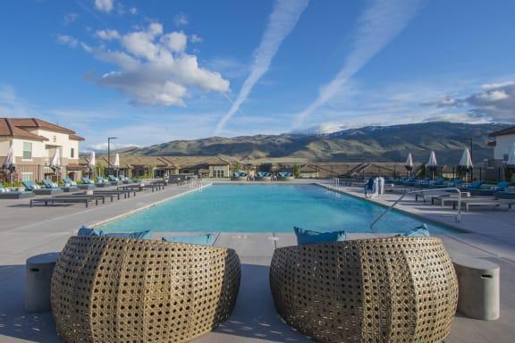 Vida | Reno NV | Vida Apartments - Pool Deck