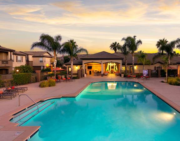 Barton Vineyard apartments pool