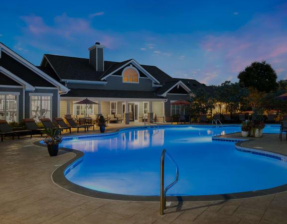 Carrington at Shoal Creek - Resort-style pool