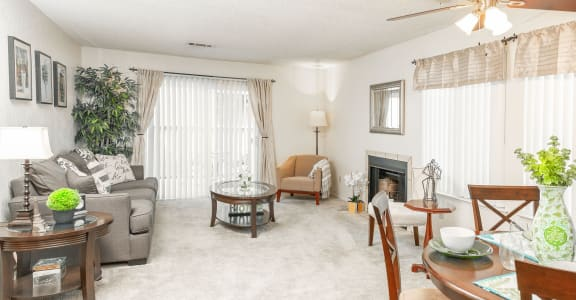 Open Living Room at River Oaks Apartments & Townhomes in Hanford, CA 93230
