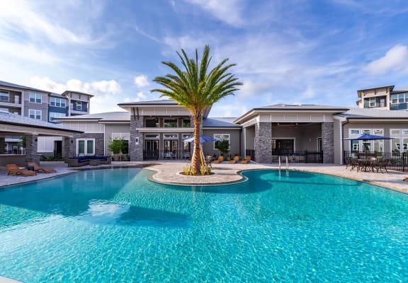 Luxurious Swimming Pool at Tomoka Pointe, Daytona Beach, FL
