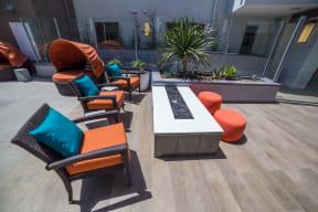 Los Angeles Ca Apartments-Wakaba LA Lounge