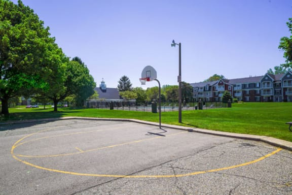 Outdoor Basketball Court at Walnut Trail Apartments in Portage, MI