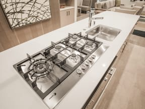 Clubhouse Stove Apartments in San Mateo| Mode Apartments