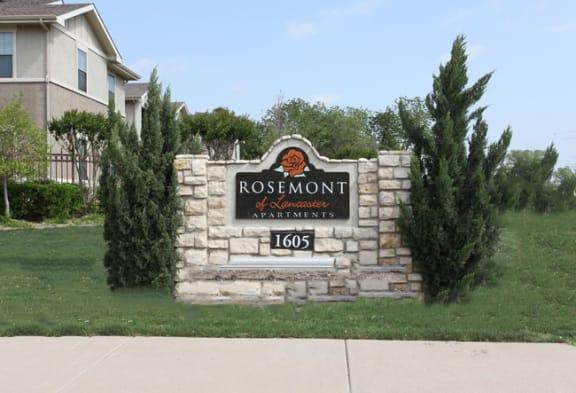 Rosemont of Lancaster Exterior Monument Sign