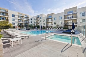 Campbell Apartments-Revere Campbell Swimming Pool with a Jacuzzi and Cozy Lounge Seating