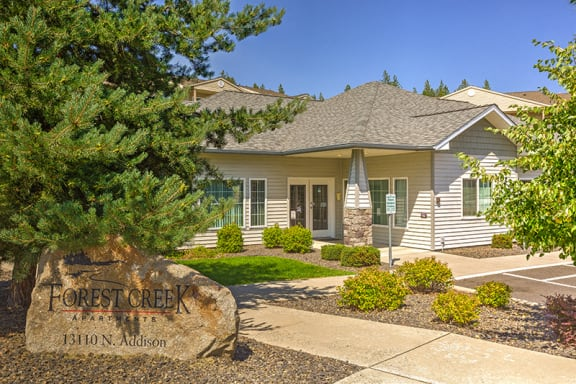 Leasing Office at Forest Creek Apartments | Spokane, WA 99208