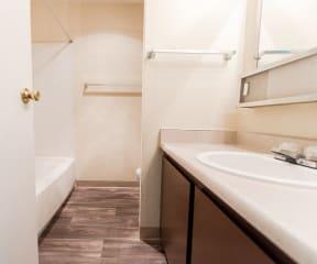 Tacoma Apartments - The Verandas Apartment Homes - Bathroom