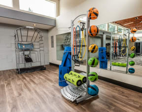Tacoma Apartments - Sienna Apartments - Fitness Center 2