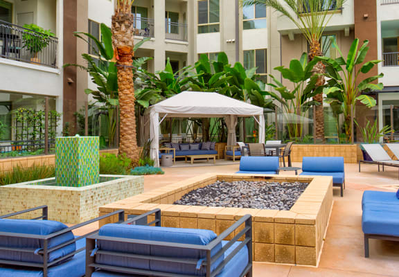 Courtyard with firepit and fountain at Accent Apartments in Los Angeles, CA 90066
