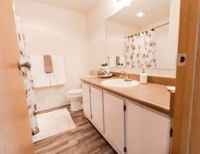 Tacoma Apartments - Monterra Apartments - Bathroom