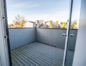 Tacoma Apartments - Northpoint Apartments - Deck