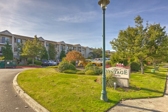 Entrance Sign Senior Apartment For rent in Sequim WA 98382 l Vintage at Sequim