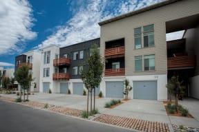 Annadel Apartments l   Garages