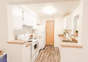 Tacoma Apartments - Monterra Apartments - Kitchen