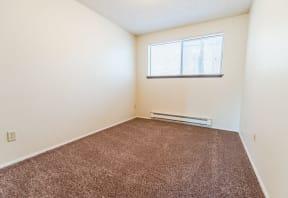 Tacoma Apartments - The Verandas Apartment Homes - Bedroom 1