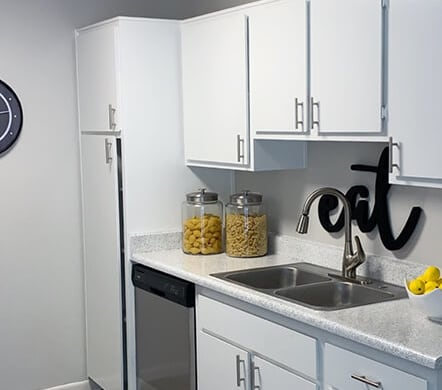 Kitchen with Stainless Steel Appliance Package