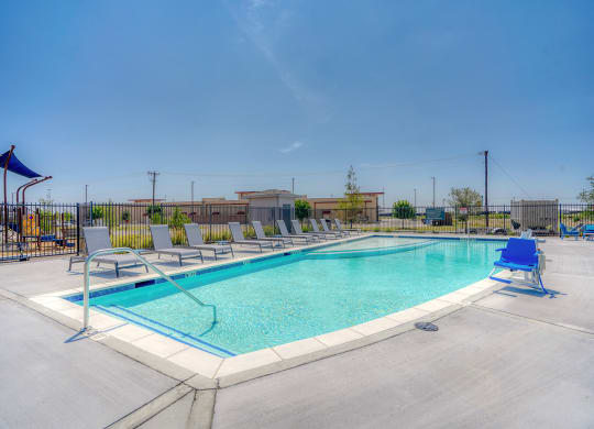 Dominium-Ventura at Tradewinds-Pool