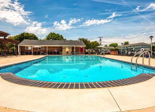 Pool at 11 north at white oak apartments