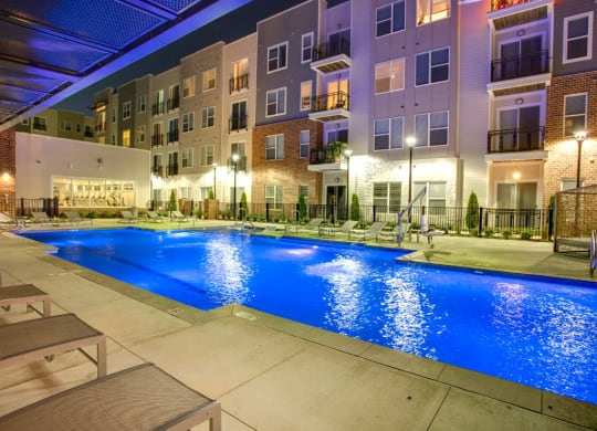 Pool of the Venture Apartments iN Tech Center in Newport News VA