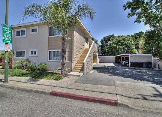Property Exterior at Latham Square Leasing Center, California, 94041