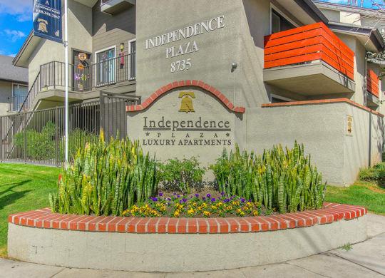Welcoming Property Signage at Independence Plaza, Canoga Park, California