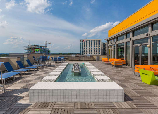 Enjoy The Incredible Outdoors And Sunny Weather at The George, Wheaton