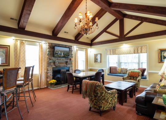 Community Lounge Room With TV at Saratoga Square, Springfield, VA, 22153
