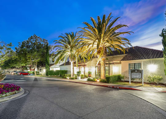 Renovated Apartment Homes Available at Mission Pointe by Windsor, 1063 Morse Avenue, Sunnyvale